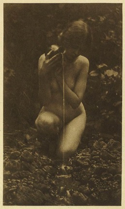 Photo by Alice Boughton 1908